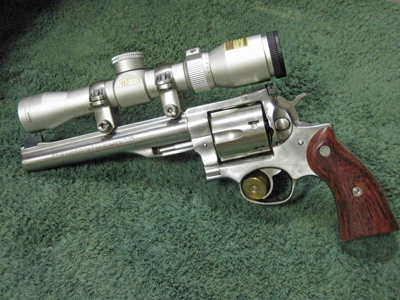 pistol gun with scope