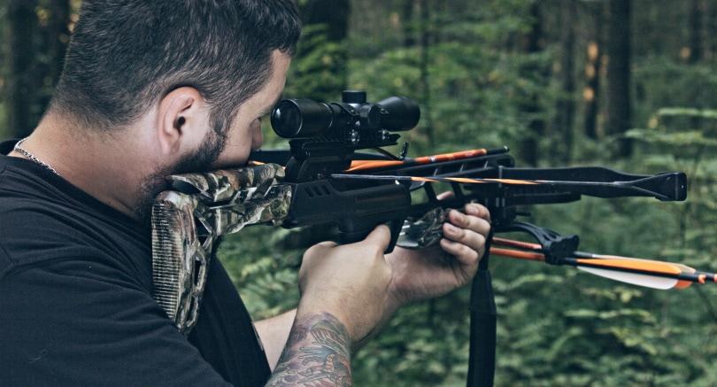 crossbow shooting_Sergey Shubin_Shutterstock