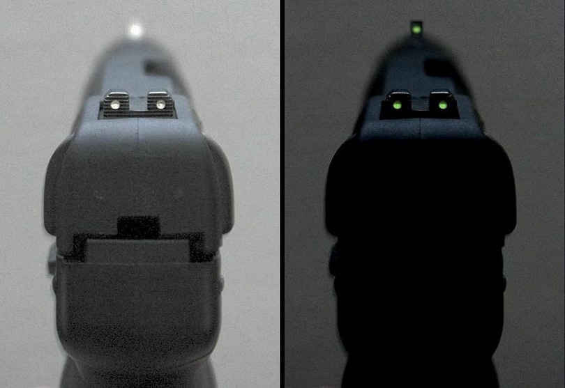 pistol sights brightness_ROG5728_Wikimedia