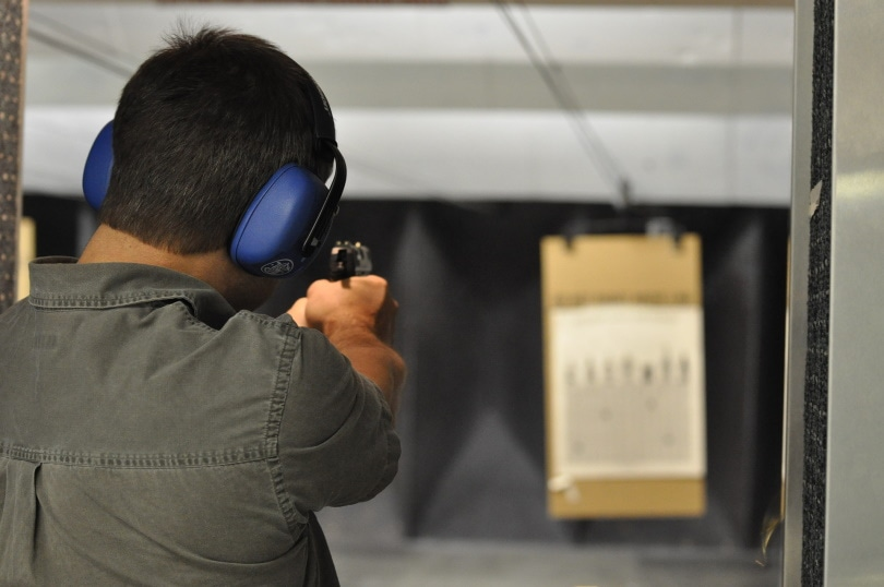 shooting pistol_dave varabioff_Pixabay