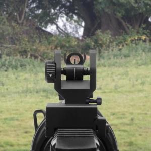 Marmot on rifle_Amazon