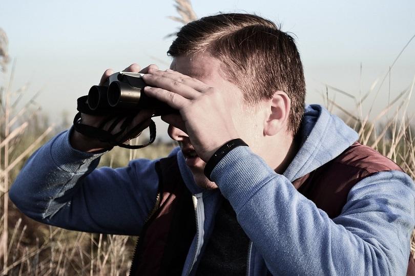 binoculars-pixabay - types of binoculars types