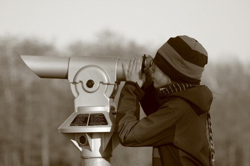 child-telescope-pixabay