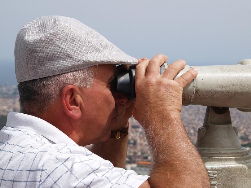 person-telescope-pixabay