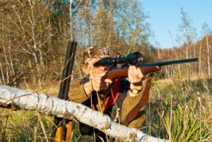 sighting rifle scope_eans_Shutterstock