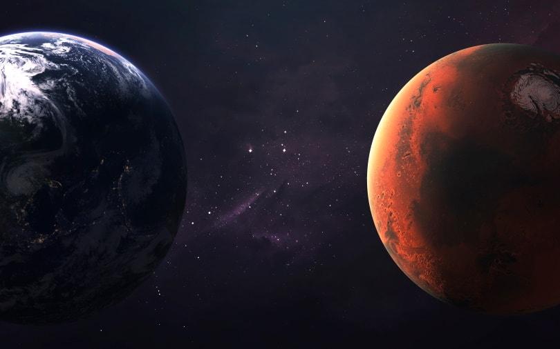 mars and earth_Vadim Sadovski_Shutterstock