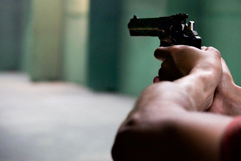 pistol_gun_iron_sight_pixabay