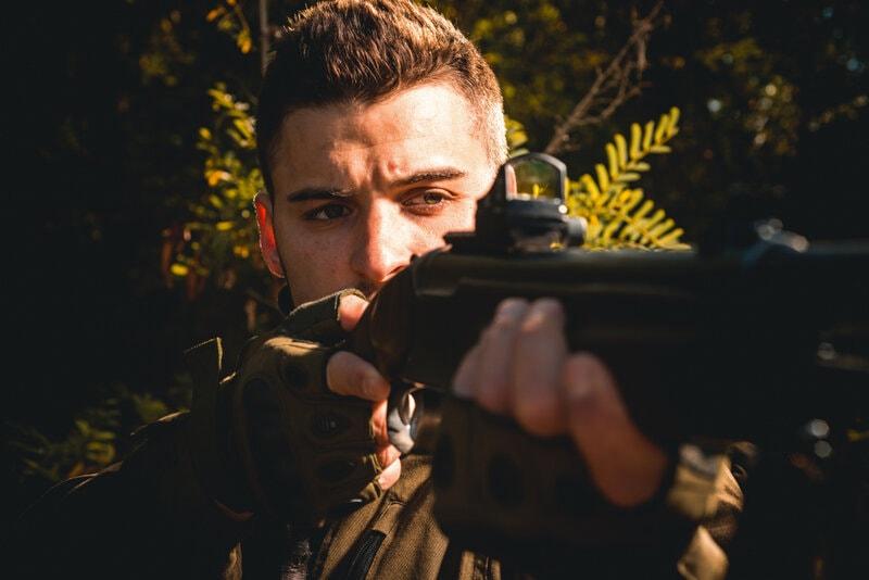 hunter shotgun red dot reflex sight low light